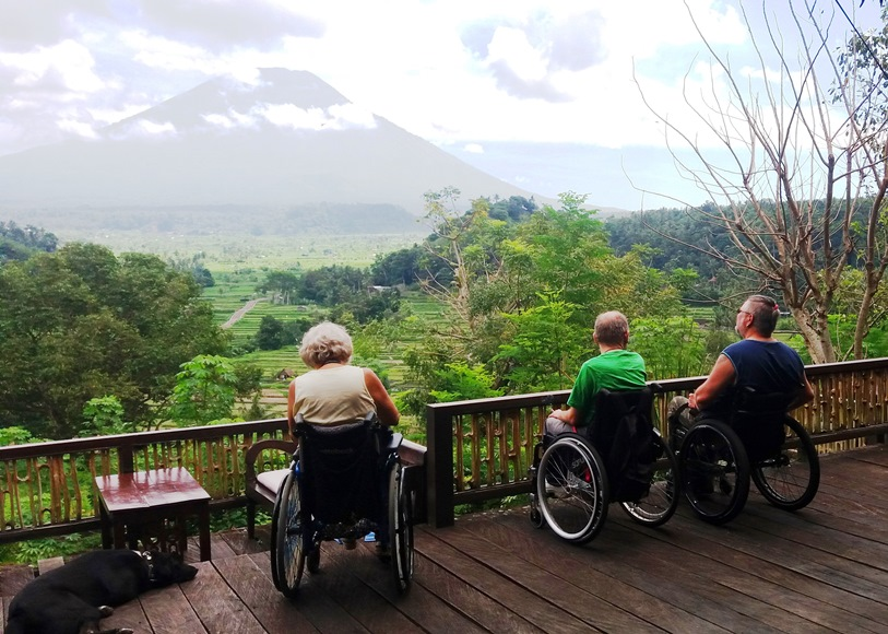 Bali Panorama mit Mount Agung. Photo by AI. Mit Grabo-Tours 2017