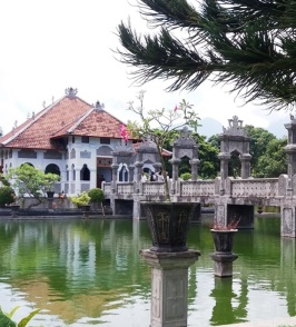 Taman Ujung. Travel with a wheelchair in Bali