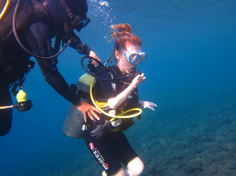 Amy Dunne diving Tulamben May 18