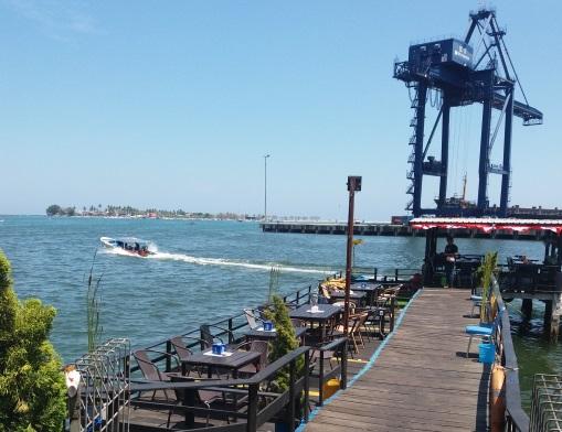 Losari harbour cafe