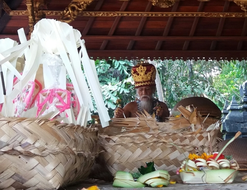 Priest in Goa Lawah