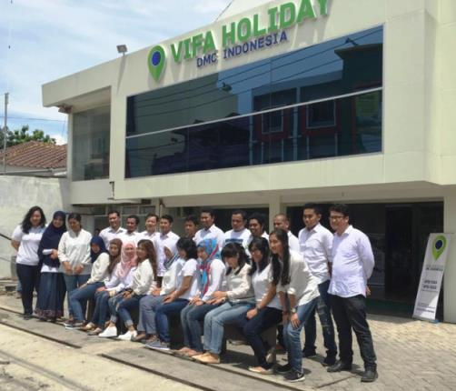 The Home Team: Vifa Holiday in Makassar