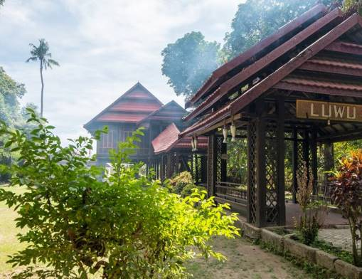 In Benteng Somba Opu