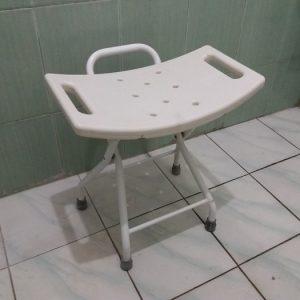 showerchair foldable